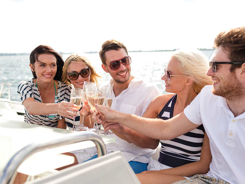 Istanbul Lunch Cruise by Private Yacht Charter
